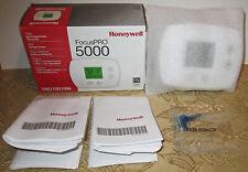 New in Box Honeywell FocusPRO 5000 Premier Digital Thermostat White NIB Sealed