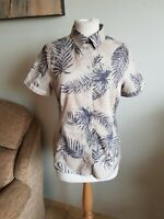 Womens Shirt Top From Jack Wolfskin UV Shield. Size S/8/10. Great Condition.