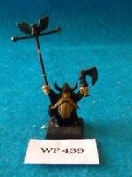 Warhammer Fantasy - Dwarfs - Bugmans Brewers Standard Bearer - Metal WF439