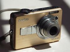 Sanyo VPC-E760  7.1 MP Digital Camera - Gold  Bundle