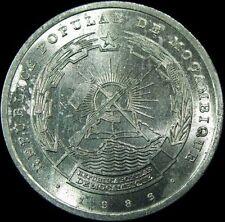 MOZAMBIQUE, 1986  10 METICAIS COIN, Brilliant Almost Uncirculated. NICE COIN