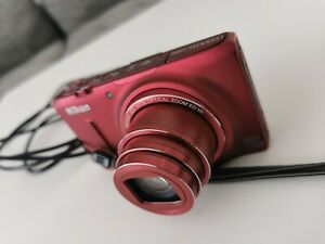 Nikon COOLPIX S9500 18.1MP Digital Camera - Red WiFi GPS 8 GB Extreme sandisk