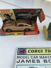 Corgi Toys década de 1960 007 James Bond Aston Martin DB5 no: 261 N/Menta Ex Tienda Stock
