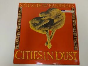 Siouxsie And The Banshees : Cities In Dust