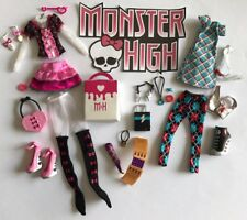 MONSTER HIGH DAY AT THE MAUL FASHION PACK, 2011