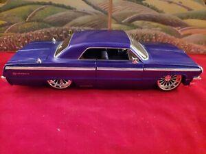 JADA  Street Low 1/24 1964 Chevy Impala