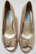 Dyeables Size 7.5 B Peep Toe Pump Dressy Heels Champagne Shimmer Wedding Party