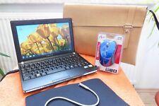 Samsung NC10 Plus Netbook l 10 Zoll l Windows 7 Ultimate  I EXTRAS I AKKU NEU l