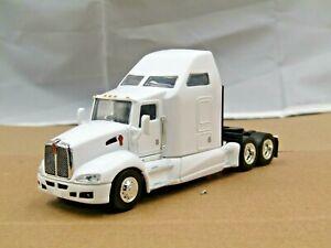 Dcp/speccast white KW T660 tractor new no box
