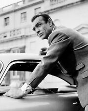 "SEAN CONNERY IN THE FILM ""GOLDFINGER"" JAMES BOND - 8X10 PUBLICITY PHOTO (ZZ-336)"