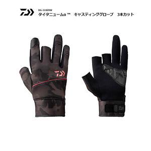 DAIWA Fishing Gloves Titanium α™ Casting 3 Cut DG-31009W Black Camo Red
