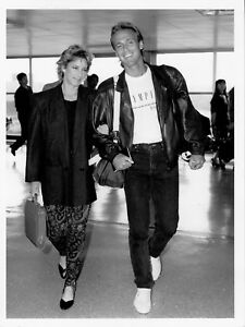 CHRIS EVERT & JOHN LLOYD vintage 1985 PRESS photo TENNIS LEGEND CANDID CLOSEUP