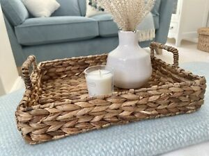 Beautiful Seagrass Tray Wicker Basket With Handles