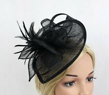 STUNNING BLACK SINAMAY FASCINATOR WITH MATCHING FEATHERS/LOOPS - WEDDINGS/RACING