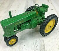 Vintage 1950s JOHN DEERE Tractor Die-cast Metal Toy USA Made