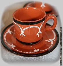 Handgefertigte alles für den gedeckten Tisch aus Keramik