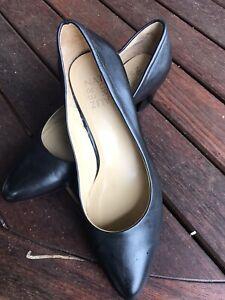 Ladies Naturalizer Shoes - Carmen