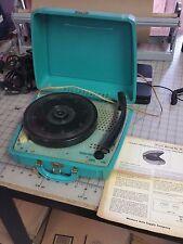Rare Truetone Western Auto Portable Phonograph 4DC-6403B  - 4 speed - Turquoise