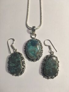 Gorgeous  CHRYSOCOLLA NECKLACE AND EARRINGS SET-N1500
