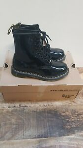 DR MARTINS BLACK PATENT LEATHER BOOTS SIZE 3 (SLIGHT SCRATCH ON FRONT OF SHOE)