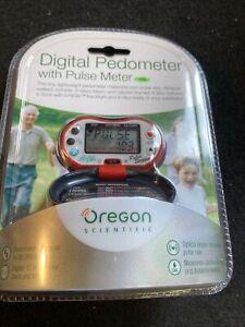 Oregon Digital Pedometer With Pulse Meter (CG13/116)