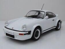 Porsche 911 Plain Body 1982 weiß, Modellauto 1:18 / ixo models