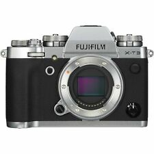New Fujifilm X-T3 Digital Camera Body Silver