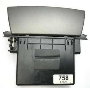1 X VY VZ CENTRE CONSOLE STORGAGE COMPARTMENT CUBBY SCRATCHED HOLDEN