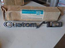 NOS 69-72 Chevy C-10 Truck Custom 10 Fender Emblem 3953662 Hot Rod Restore GM SK