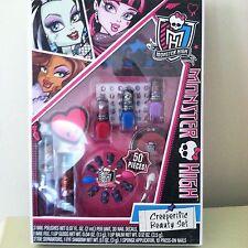 Monster High Creeperific 50 pieces Beauty Set  NIP