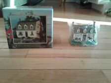 Town Hall Collectibles Lang and Wise Made in China 1998 Linda Nelson Stocks New