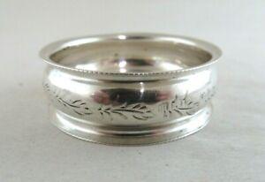 Solid Silver   SMALL PRETTY NAPKIN RING  Hallmarked:- Birmingham 1911