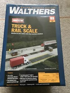 walthers ho Truck Rail Scale