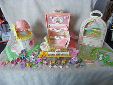 Huge lot of Hasbro  Charmkins world of playsets in houses, jewelry, furniture...