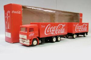 Albedo - Camion VOLVO F12 Coca-Cola rouge BO HO 1/87