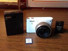White Nikon 1 J1 10.1 MP Mirrorless Digital Camera W/Battery/Charger/memory Card