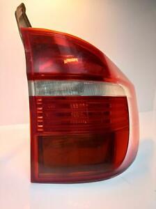 BMW X5 E70 OEM REAR LIGHT SIDE PANEL RIGHT REAR LIGHT 2007-2010 PART# 7200818