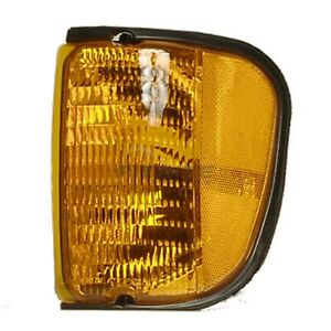 NEW FRONT LEFT MARKER LIGHT LENS AND HOUSING FITS FORD E-150 2003-2007 FO2520176