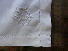 N02 ANCIEN MOUCHOIR fil lin brodé monogram PM Old linen embroidered handkerchief
