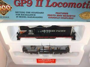 Proto 2000 P2K HO Southern Pacific SP EMD GP9 Phase 2 Black Widow Scheme #5702