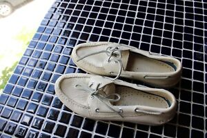 Men's 9 White Leather Loafers Sperry Top Sider Shoe