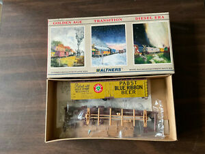 Walthers HO Pabst Beer 40' DS Wood Reefer Model Railroad 932-2464