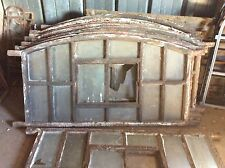 Antike Stallfenster aus Gusseisen, Gussfenster, Bogen, schwer, 64cm x 1,14m, (2)