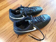 Nike Tiempo Cleats Soccer Shoes Size 11 very clean