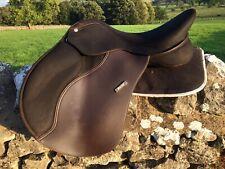 "17"" (43cm) Wintec pro All Purpose GP SaddleBrown New Shape Adjustable Tree"