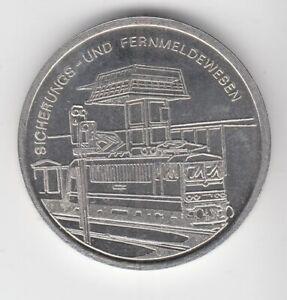 Medaille  DDR  Eisenbahn  Eisenbahndirektion Halle Sicherungs und Fernmeldewesen
