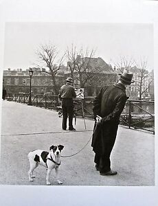 Robert Doisneau  Foxterrier on the Pont Des Art WPainter Daniel Pipart 13x10