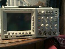 Tektronix TDS 3034 300 MHz, 4 CH, 2.5GSa/s Digital Phosphor Oscilloscope