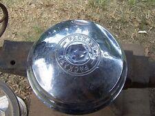 1946-50??????? Packard 8 Hub Cap