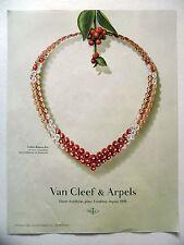 PUBLICITE-ADVERTISING :  VAN CLEEF & ARPELS Collier Bouton d'Or  2016 Bijoux
